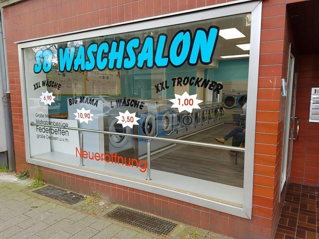 Eingang SB-Waschsalon Lünen